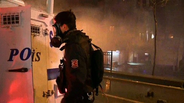 News video: CNN crew caught in police tear gas