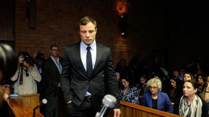 News video: Oscar Pistorius Vomits During Autopsy Testimony