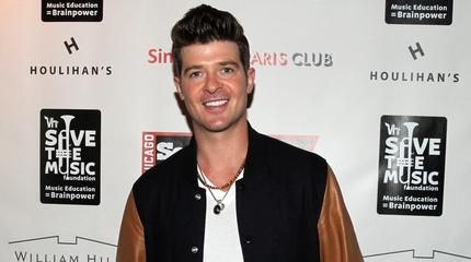News video: Robin Thicke Out Partying with Scantily-Clad Women Post-Split
